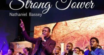 DwCIKQQUYAAawSG 351x185 - #Nigeria: Music: Nathaniel Bassey – Strong Tower ft Glenn Gwazai