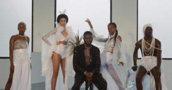 Odunsi ft Runtown Star Signs mp3 image 351x185 - #Nigeria: Video: Odunsi – Star Signs ft. Runtown