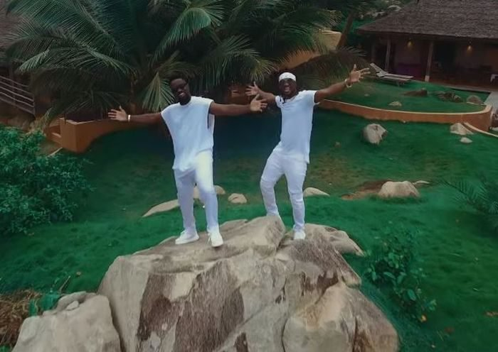 Lucky 700x496 - #Ghana: Video: Sarkodie – Lucky ft Rudeboy (Dir By Clarence Peters)