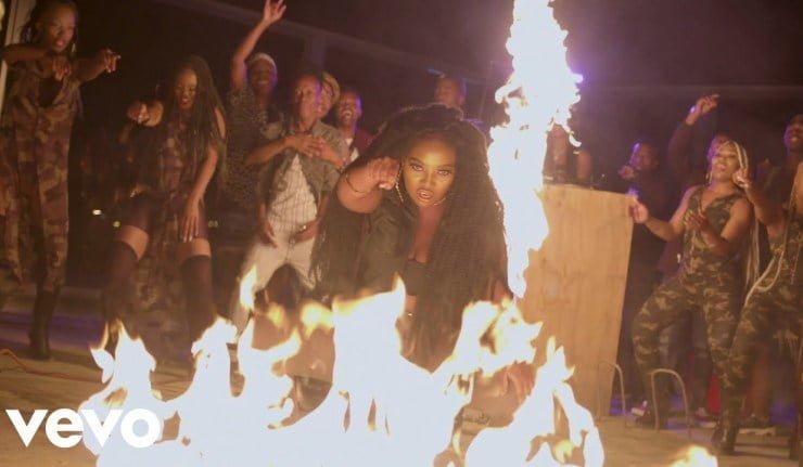 DJ Zinhle Umlilo - #SouthAfrica: Video: DJ Zinhle – Umlilo 2.0 Ft. Mvzzle, Rethabile