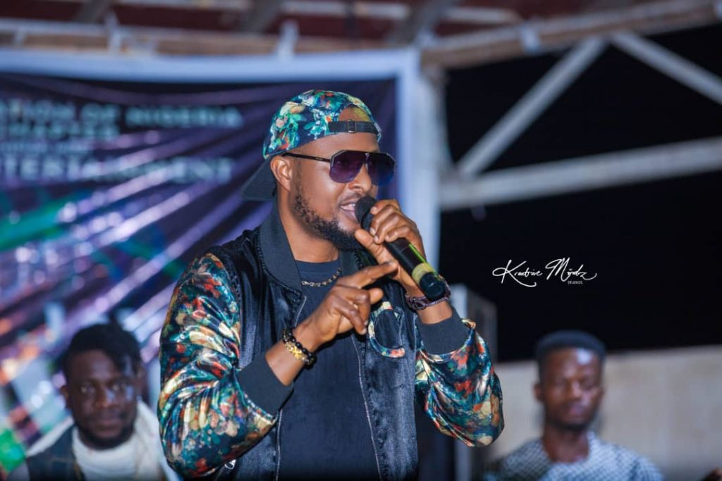 IMG 20201224 WA0016 1024x683 - Oodera and DeepWell Entertainment partners with DJAN on their Rave even as he hosts All OAPs in Enugu