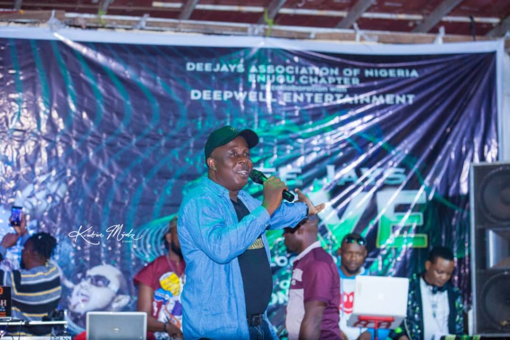 IMG 20201224 WA0038 1024x683 - Oodera and DeepWell Entertainment partners with DJAN on their Rave even as he hosts All OAPs in Enugu
